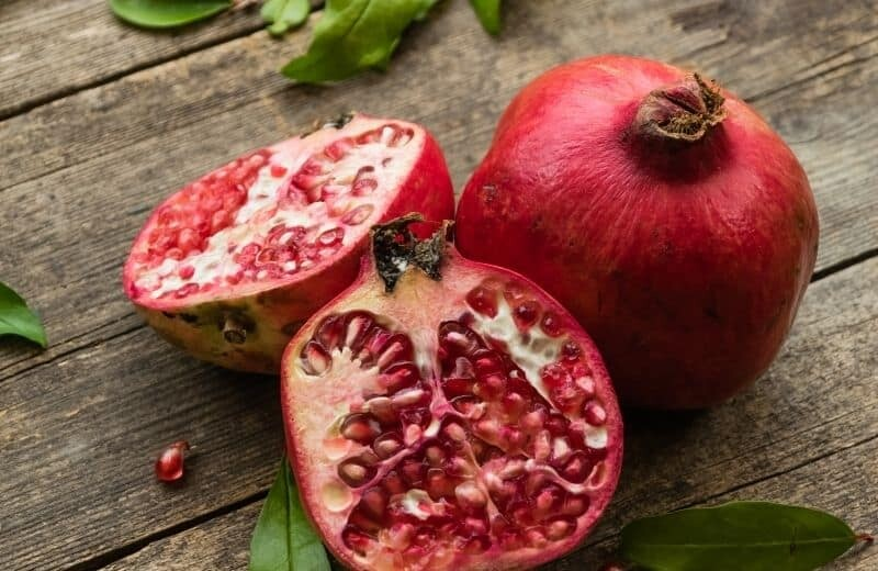 Pomegranate compound with anti-aging effects