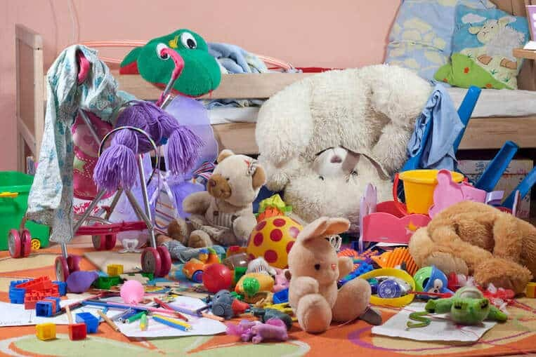 decluttering tips for hoarders