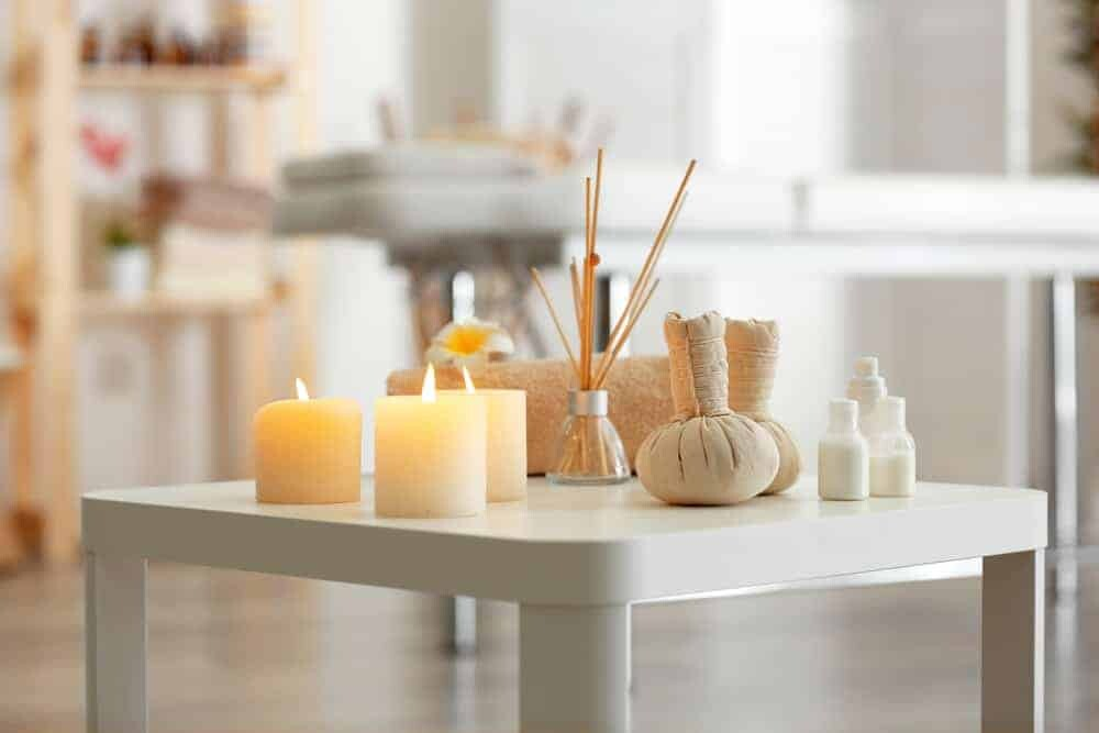 16 Easy ways to make your home smell amazing