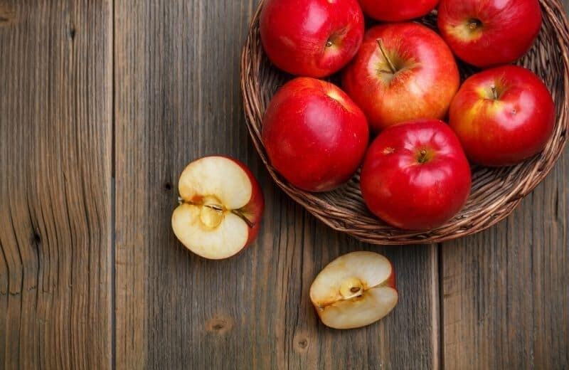 Food for Natural Glowing Skin-Apple