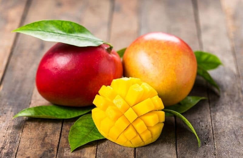 Food for Natural Glowing Skin-Mango
