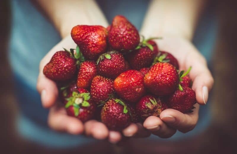 Food for Natural Glowing Skin-Strawberries