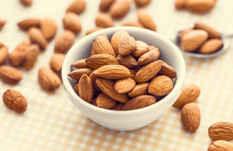 Foods for Healthy Skin-Almonds