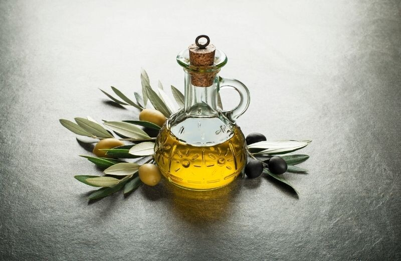 Olive Oil Has Powerful Anti-Aging Benefits